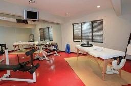 Sala de massagens e ginásticas com mobília da Christina