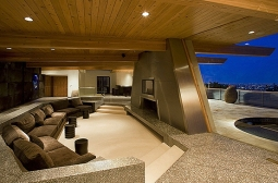 Sala da Lareira Principal, com mobília original
