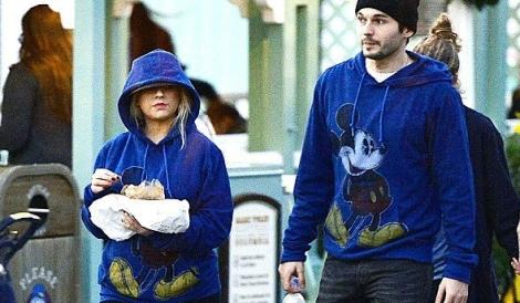 Christina na Disney com Matthew Rutler
