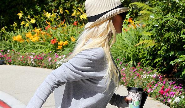 Christina chegando em hotel