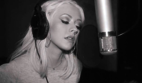 Christina gravando Say Something