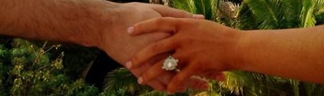 Christina anuncia noivado no Instagram