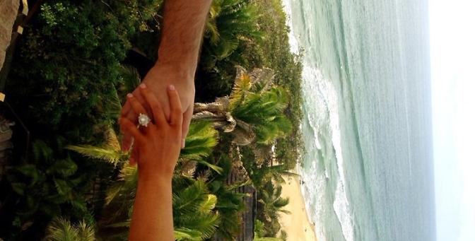 Christina e Matt anunciam noivado