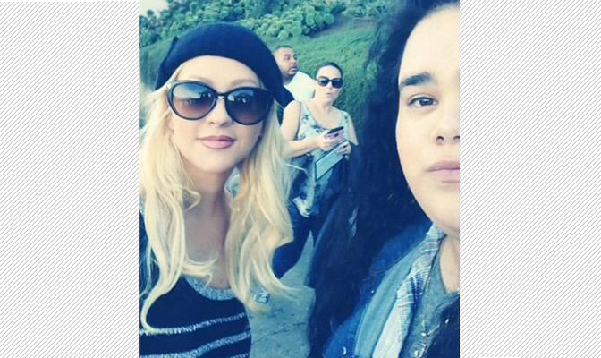 Foto – Christina com fã em Alcatraz