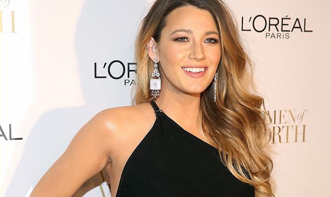 Atriz Blake Lively revela que copiava visuais de Christina