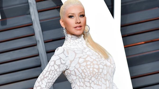 O preço da voz – Christina recebeu US$ 4 milhões para cantar na festa da Vanity Fair