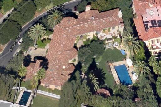 Vista aérea da enorme propriedade