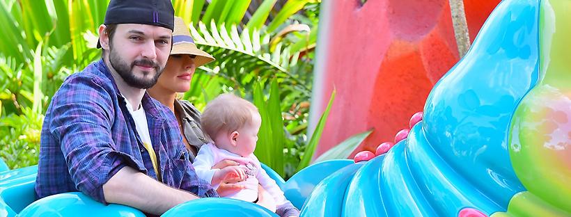 Na Disney com Matthew e Summer
